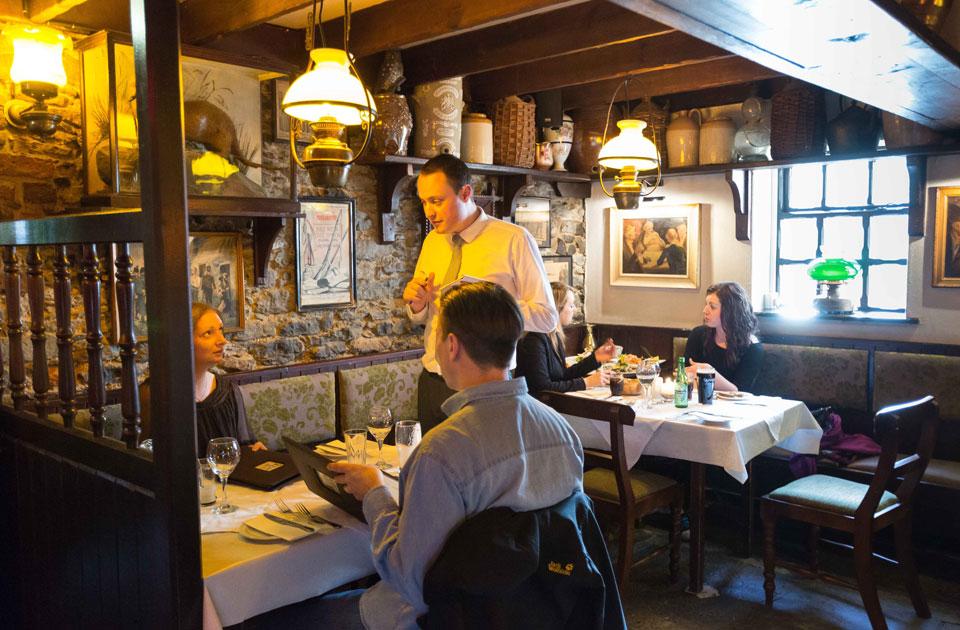 Durty Nellys Irish Pub Bunratty Oyster Restaurant